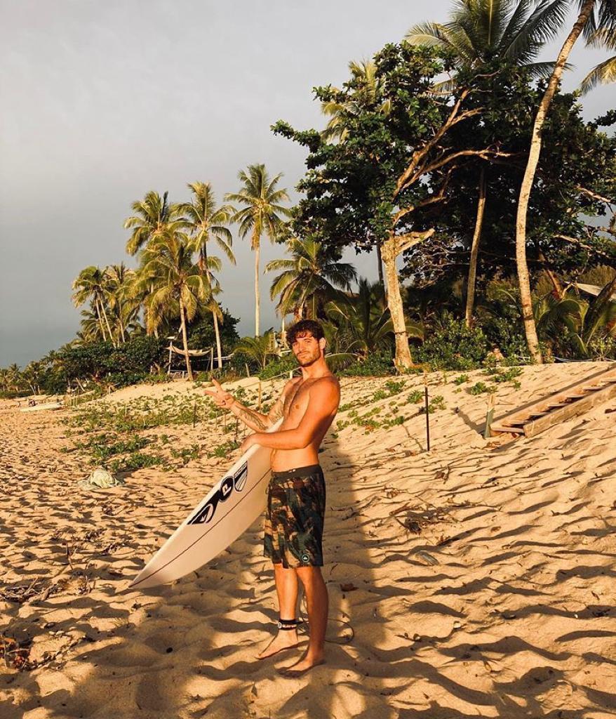 Santi Muñiz entrenando en Hawaii junto al seleccionado olímpico nacional